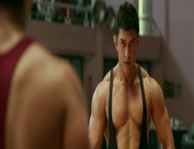 Aamir Khan body in Dangal photos