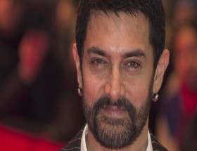 Actor Aamir Khan close up face hd images