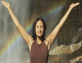 Aruna Shields hot yoga hd wallpapers
