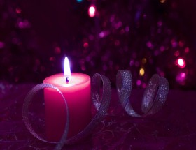Beautiful Christmas candle wide pic 2020