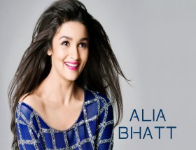 Bollywood actress Alia Bhatt cute smiling new wallpapers