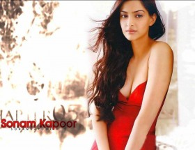 Bollywood actress Sonam Kapoor hot in red dress hd image
