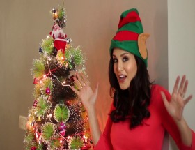 Christmas Santa girl Sunny Leone new wallpapers