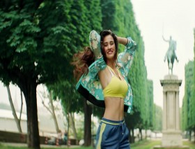 Disha Patani Hot Body HD Wallpapers