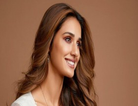 Disha Patani close up face