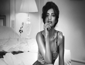 Hot Sonam Kapoor night wear photos