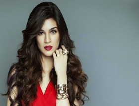 Kriti Sanon desktop hd wallpapers