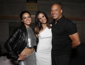 Michelle Rodriguez with fast and furious team hd images