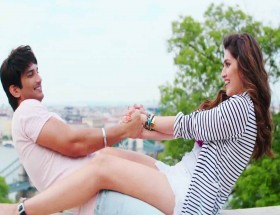 Sushant Singh Rajput and lover Kriti Sanon hd images