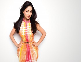 fair and lovely heroine name is Yami Gautam hd images photo