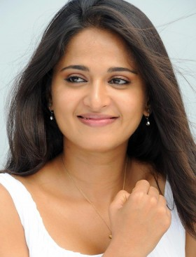 Anushka Shetty mobile pics free download