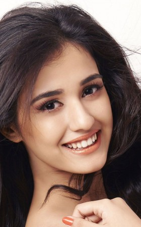 Disha Patani smile mobile hd photos