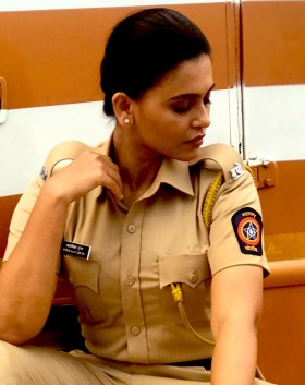 Haelyn Shastri police dress hd wallpapers