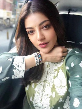Kajal Aggarwal selfie new mobile photo