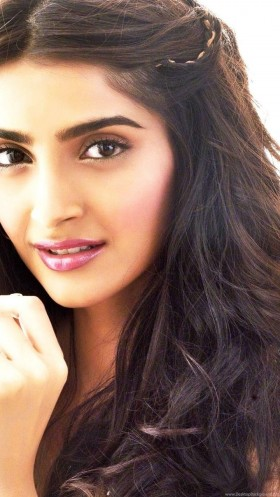 Sonam Kapoor new photos hd
