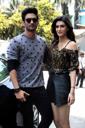 Sushant Singh Rajput and Kriti Sanon photos