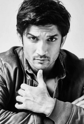 Sushant Singh Rajput black and white mobile pics